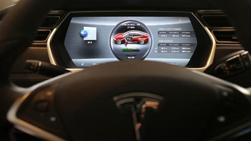 Electronic Setups of Driverless Cars Vulnerable to Hackers
